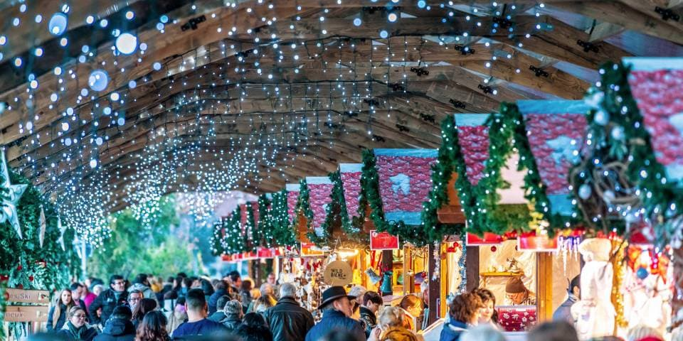 Lakeside Christmas market