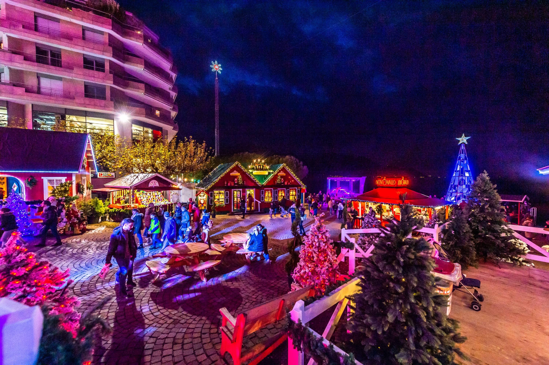 Marché De Noel Montreux Montreux Noël   Lakeside Christmas market